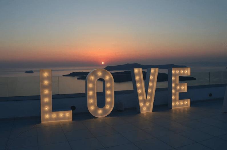 Illuminated Letters in Santorini – Santo Wines – Rocabella – Le Ciel – Lightup Letters