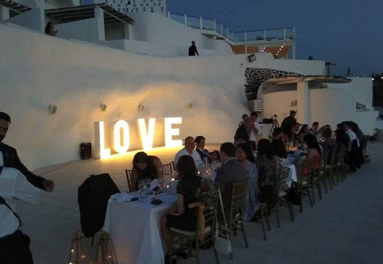 lluminated Letters at Rocabella venue in Santorini – Lightup Letters